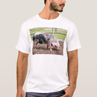 Pink and black sow T-Shirt