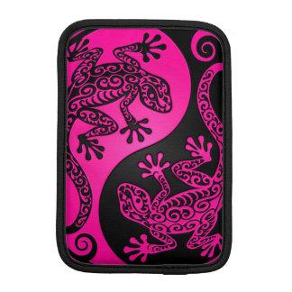 Pink and Black Yin Yang Lizards iPad Mini Sleeve