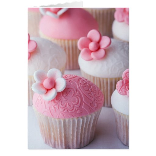 Pink and white cupcakes card