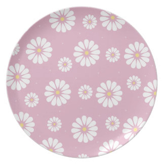 Pink and White Daisy Plate
