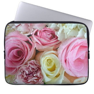 Pink and white roses print laptop sleeve