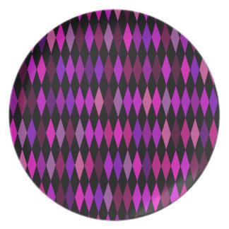 pink black diamond pattern dinner plate