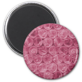 Pink bubble wrap pattern 2 inch round magnet