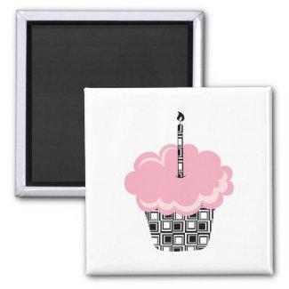 Pink Cupcake Magnet magnet