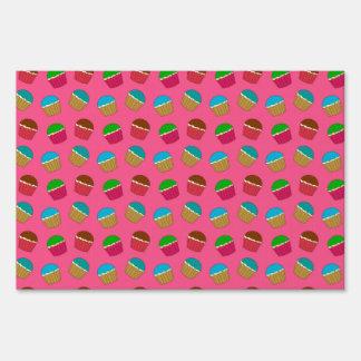 Pink cupcake pattern yard sign