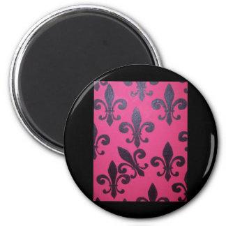 Pink fleur de lis painting magnet