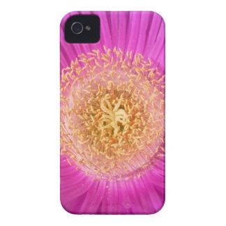 Pink Flower Center Blackberry Bold Case