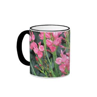 Pink flower ringer mug