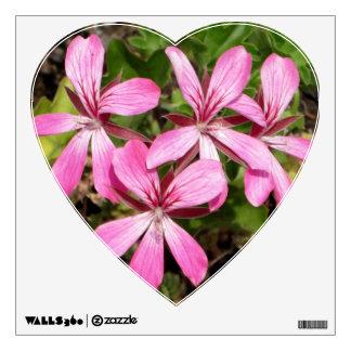 Pink Flowers Geranium 'Decora Pink' Heart Decal