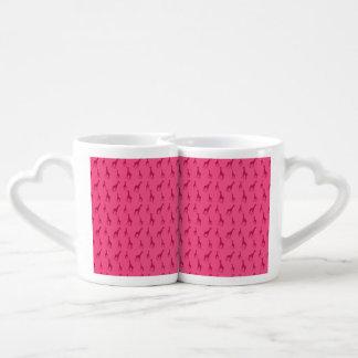 Pink giraffe pattern couples' coffee mug set