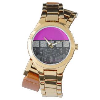 Pink Grunge Sassy Lips Metal Wristwatches