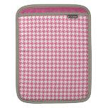 Pink houndstooth pattern Rickshaw iPad sleeve