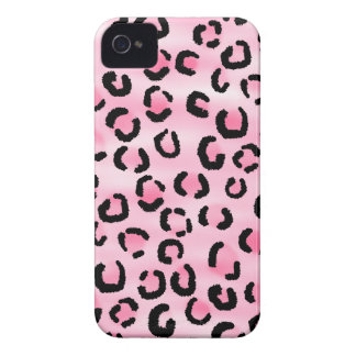 Pink Leopard Print Pattern. iPhone 4 Cover