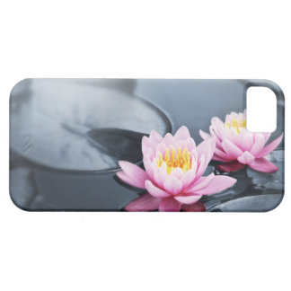 Pink lotus flowers iPhone SE/5/5s case