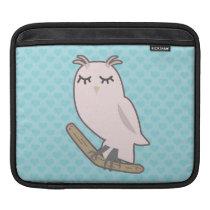Pink Owl, Blue Heart Pattern Background iPad Sleeve