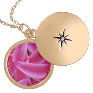 PINK PASSION GOLD PLATED NECKLACE