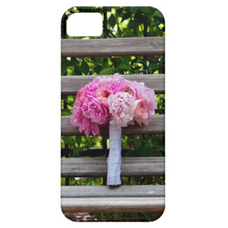 Pink Peony Bouquet on Wooden Bench iPhone SE/5/5s Case