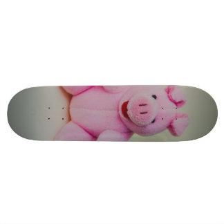 Pink pig toy skateboard