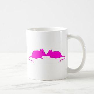 Pink ratón taza de café