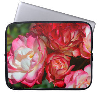 Pink rose blossoms laptop computer sleeve