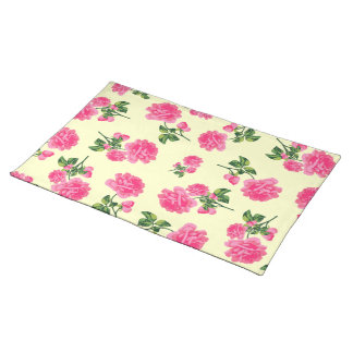 Pink roses floral pattern on cream cloth placemat