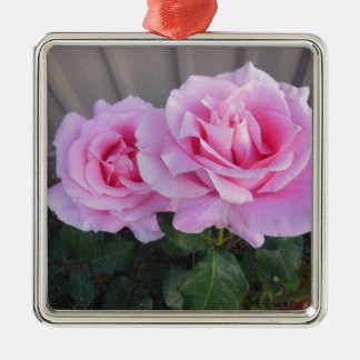 Pink Roses> Flower Ornaments
