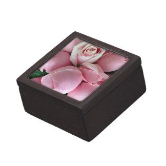 pink roses premium keepsake boxes