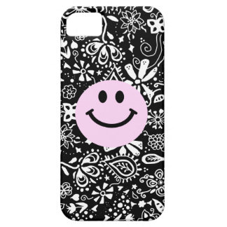 Pink smiley face with doodle background iPhone SE/5/5s case