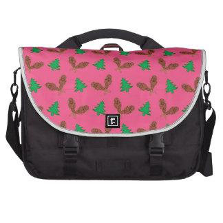 Pink snowshoe pattern laptop computer bag