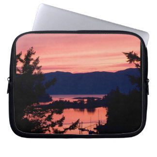 Pink Sunset Over the Ocean Laptop Computer Sleeve