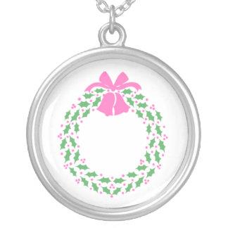 Pink Trim Wreath Necklace