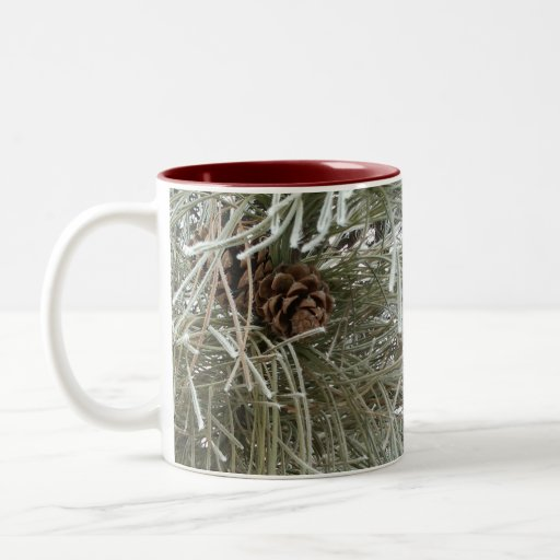 Pino escarchado taza de café