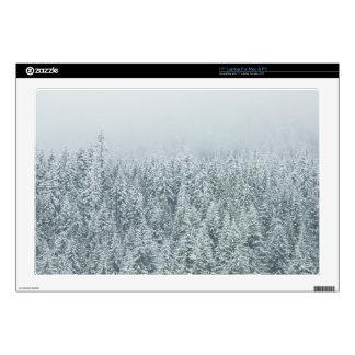 Pinos del invierno skins para 43,2cm portátiles