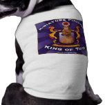 Pinscher miniatura, rey de juguetes camisa de perrito
