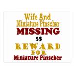 Pinscher miniatura y recompensa que falta de la es tarjetas postales