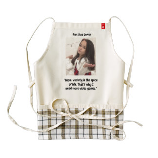 Pint Size Joker: Video Games Are Spice Of Life Zazzle HEART Apron