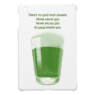 Pinta de cerveza verde+Tostada Cita-Irlandesa de l