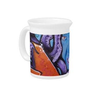 Pintada de los tentáculos del dolor jarra para bebida