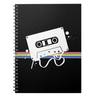 Pintada del casete (en negro) cuaderno