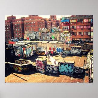 Pintada del tejado en Chinatown Posters