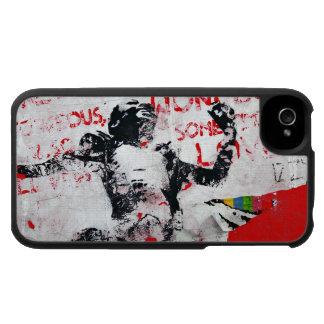 Pintada roja y blanca descolorada con la plantilla iPhone 4 protector