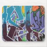 Pintada y etiquetas tapetes de ratón