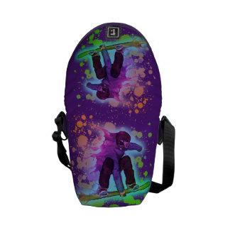 Pinte el bolso del snowboarder del arco iris de la bolsa messenger