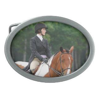 Pinte el caballo en la hebilla del cinturón de la  hebilla cinturon oval