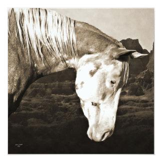 Pinte el caballo en la invitación de los Badlands