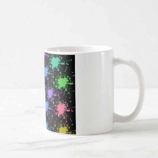 Pinte el chapoteo tazas de café