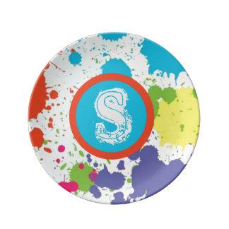Pinte el diseño de la salpicadura, monograma, platos de cerámica