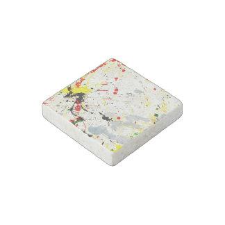 Pinte el fondo de la salpicadura (1) imán de piedra