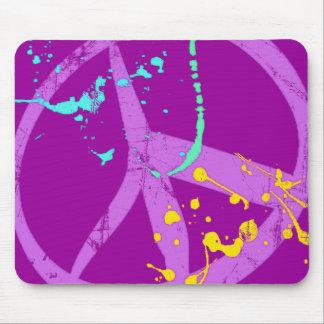 Pinte el signo de la paz de la salpicadura mousepad