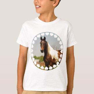 Pinte la camiseta del niño del caballo remera